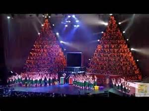 telco mr everett green the singing christmas tree