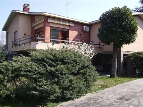 casa brugherio ville in vendita a brugherio cambiocasa it