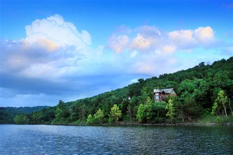 how big is table rock summer cabins on table rock lake at big cedar lodge