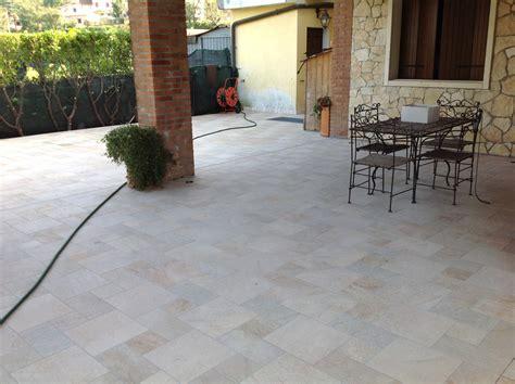 pavimento veranda pavimenti per verande pavimento in pvc per verande e