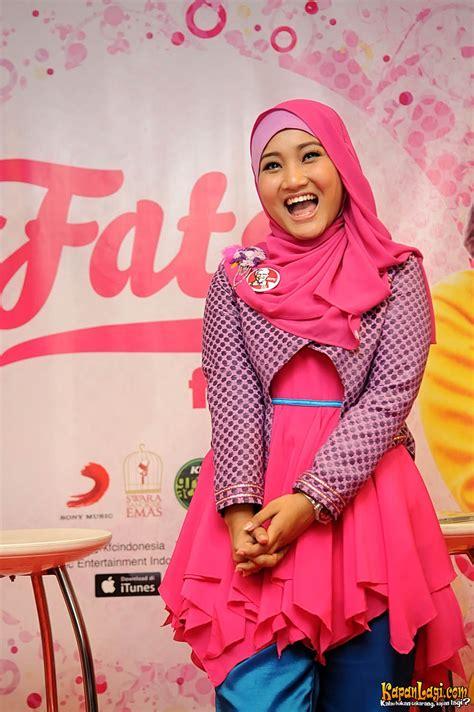 tutorial hijab pashmina fatin shidqia lubis yang muda yang berhijab ini dia fatin shidqia lubis
