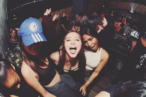 pontoon phnom penh dress code 10 stages of a drunk girl in malaysia you might now know
