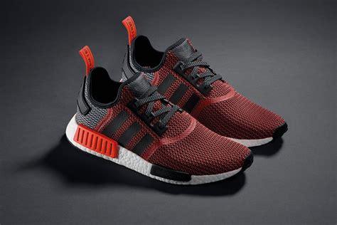 Sepatu Running Adidas Nmd R1 R 1 Runner Og Black Blue Hitam adidas nmd r1