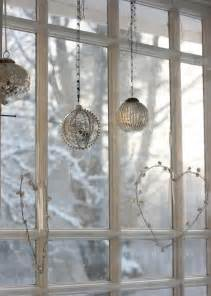 window decorating ideas 55 awesome christmas window d 233 cor ideas digsdigs