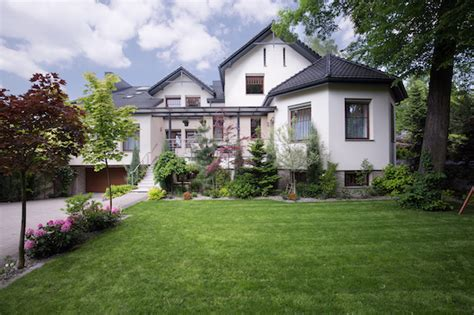 increasing curb appeal sell your home faster by increasing curb appeal zing