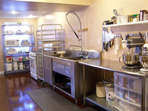 home bakery kitchen design 25 best ideas about small bakery on pinterest mobile