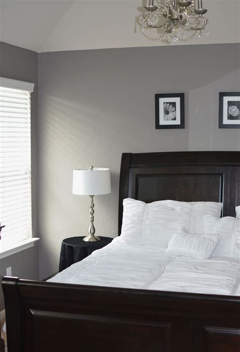white paint colors for bedroom grey master bedroom behr creek bend grey white