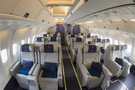 boeing 767 blue panorama interni trasporto aereo franco pecci nuovo boeing 767 300 entra
