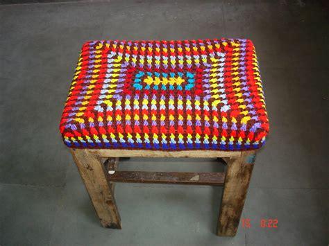 the lazy hobbyhopper crocheted stool cover
