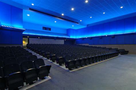 cines arenas de barcelona multicines 12 salas qui 233 nes somos grup bala 241 a