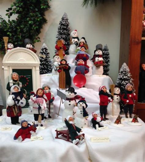 75 best images about byers choice carolers store