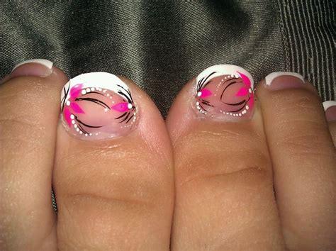pedicure designs 15 flower pedicure designs images pedicure toe nail