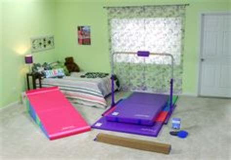 Bedroom Gymnastics Slippers Basket Features A Basketball Set Against A Brown Ground