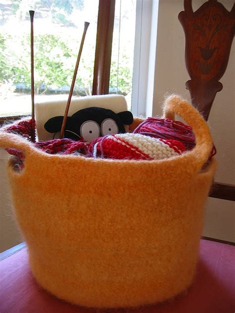 knitting baskets and bags 47 best images about knitting bags on free