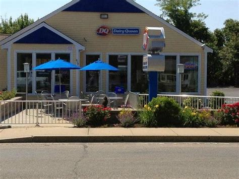 dairy queen ice cream shop 917 route 28 in south