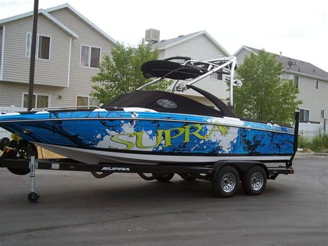 custom vinyl lettering boat vinyl wraps service including graphics 1176