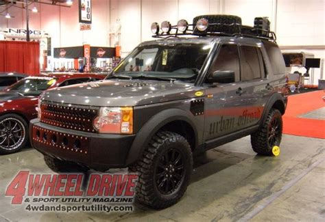 land rover discovery off road tires sema land rover lr3 off roading pinterest land rovers