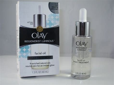 Olay Brings You Hydrate Cleanse New Products From Olay Fashiontribes Buzz Skincare by Olay Regenerist Luminous Review Glow Skin