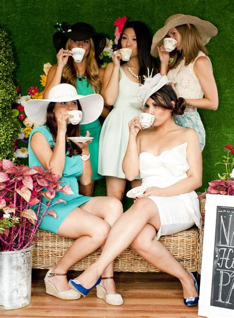 Tea Bridal Shower Dress Code by What To Wear To A Baby Shower 36 Ideas To Be Comfortable