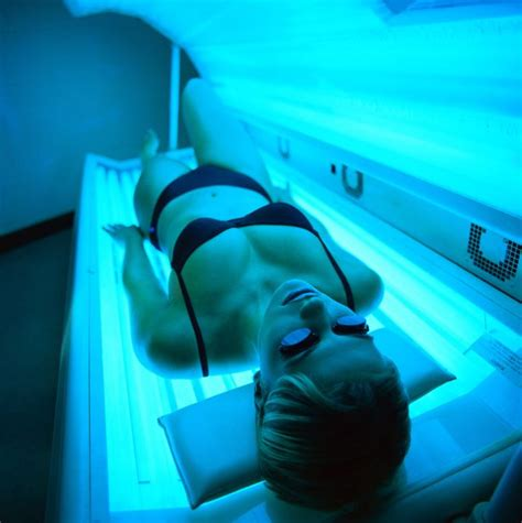 tanning bed risks sunbed addict i ll keep topping up my tan even if i get