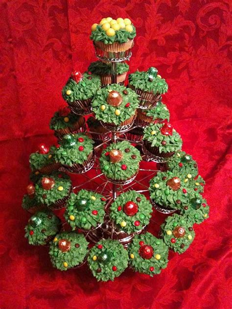 cupcake christmas tree decirations cupcakes decorating ideas for and special occasions family net guide