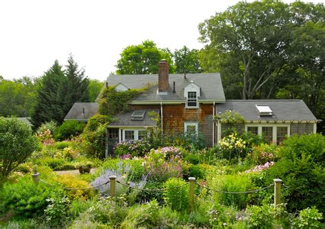 the english cottage a year in the garden cottage industry