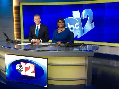 Abc News Desk by Flint Abc Debuts New Set Newscaststudio