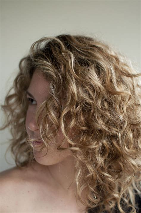 how to get soft curls in medium length hair love your hair hair romance