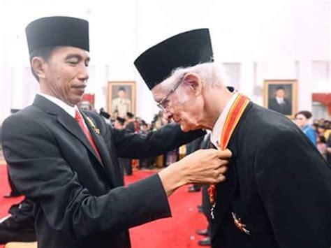 Etika Jawa By Franz Magnis Suseno 80 tahun franz magnis suseno sj pastor jesuit ahli