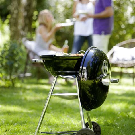 how to light charcoal how to light a charcoal bbq how to bbq