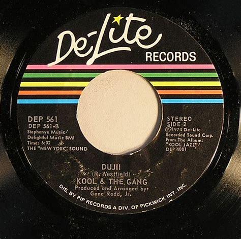 hollywood swinging kool the gang kool the gang hollywood swinging vinyl at juno records