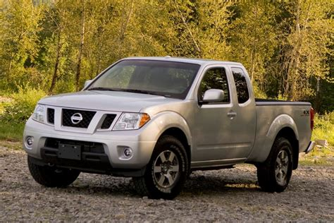 2011 nissan frontier reviews specs and prices cars