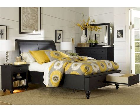 Aspen Cambridge Bedroom Set | aspenhome storage bedroom cambridge in black asicb