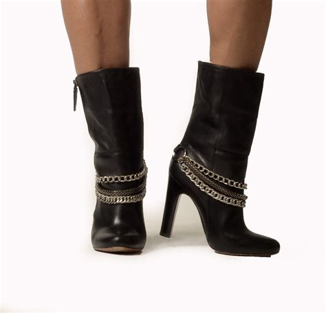 boot straps chain boot sassystrapps