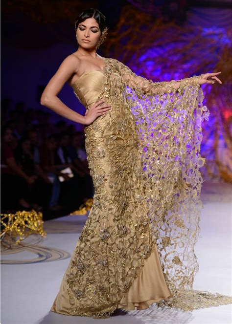 The Couture by Gaurav Gupta Pcj Couture Week 2013 The Couture Club