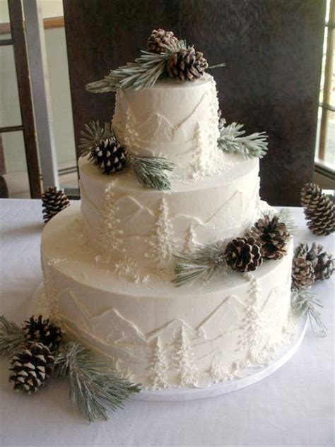 Wedding Cake Mountain by Our Favorite Winter Wedding Cakes Weddings Ideas From