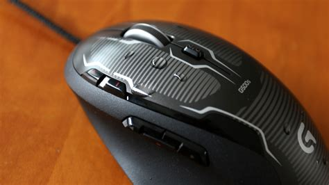 Logitech G500s Laser Gaming Mouse logitech g500s laser gaming mouse w adjustable weight tuning gets 43 reduction to 39 99
