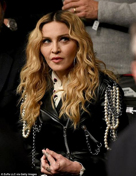 celeb news latest madonna leads the celebs packed into madison square garden