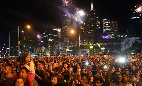new year parade melbourne 2016 new year s 2016 places hotels restaurants