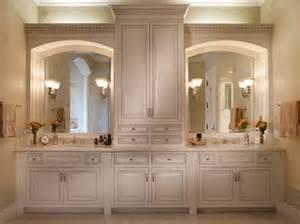 armario a medida de suelo a techo en el cuarto de ba 241 o custom vanity bathroom cabinetry design line kitchens