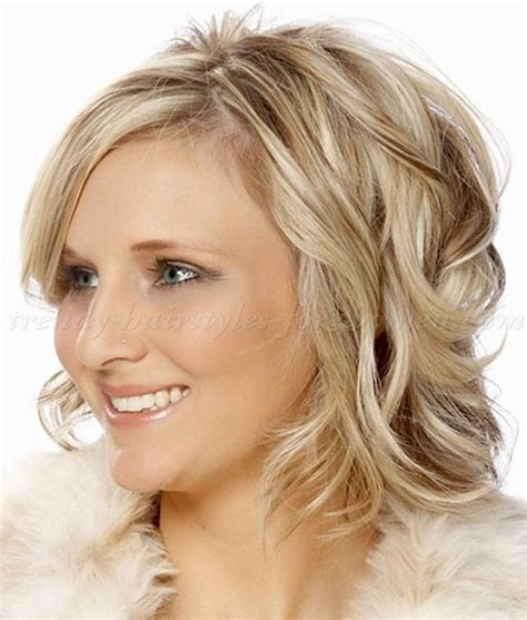 how to do wavy bob hair style shoulder length wavy hairstyles wavy bob hairstyle for