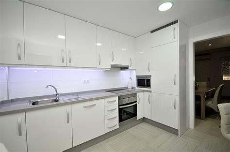 reformar cocina obras interiodeco ideas para reformar la cocina dise 241 os arquitect 243 nicos