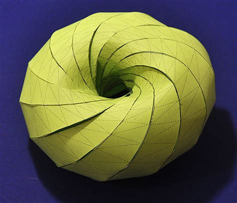 How To Make A 3d Circle With Paper - how to make a clifford torus out of paper
