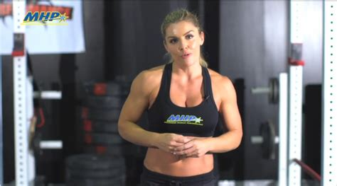 sarah chalkes diet and fitness secrets fitness magazine sarah grace 5 minute amrap workout muscle fitness