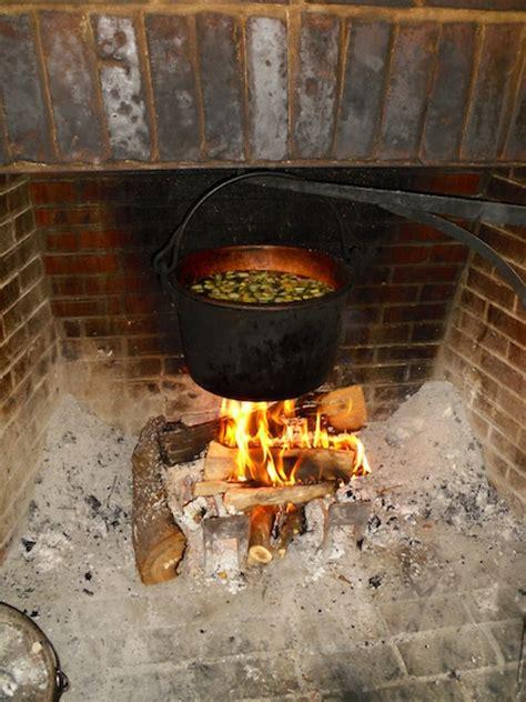 castagne al camino cucinare la carne alla brace nel caminetto di casa chefsaga