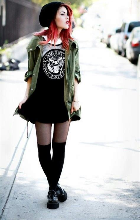 Fashion Advice How To Dress Like A Rock The Budget Fashionista 3 3 by Skater Skirt Looks Grunge Fashion Style Casual