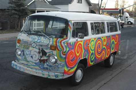 Hippie Van Superradnow