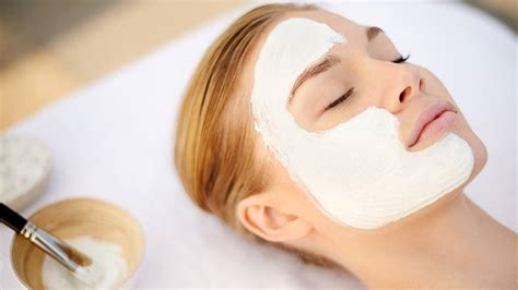 mask how to give yourself a spa like at home