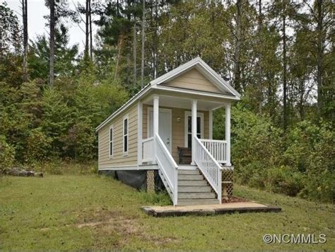 tiny houses nc 420 sq ft tiny house for sale in nc with 47 acres