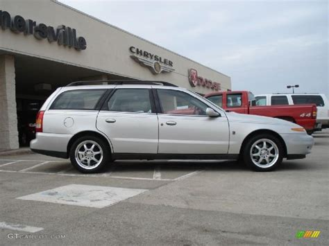 saturn wagon 2001 bright silver 2001 saturn l series lw200 wagon exterior